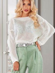 Белый вязанный свитер сетка
