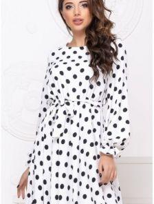 Женское коктейльное белое платье миди в горошек