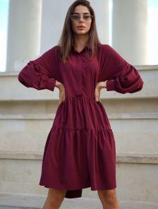 Бордовое короткое свободное платье с оборками на длинный рукав