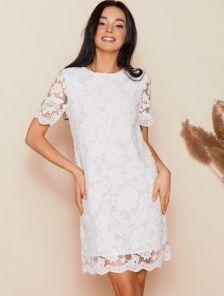 Белое свободное короткое кружевное платье на роспись