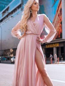 Вечернее нарядное пудровое платье в пол на длинный рукав