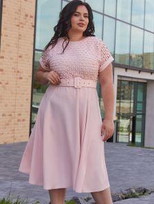 Нарядное светлое платье миди с перфорацией большого размера
