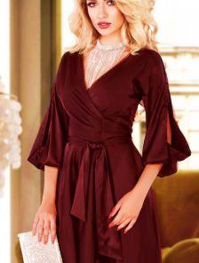 Нарядное короткое шелковое платье на запах с вырезами на рукаве