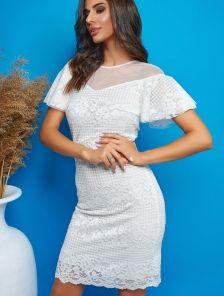 Белое кружевное короткое платье с рюшами на роспись