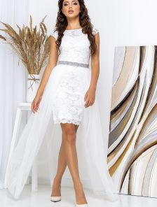 Белое свадебное кружевное платье со съемной длинной юбкой