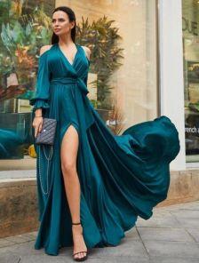 Длинное зеленое шелковое нарядное платье