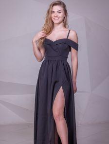 Нарядное черное платье с запахом и окрытыми плечами