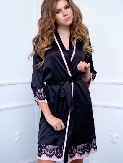 Короткий шелковый черный халат пеньюар с кружевом на рукав 3/4, фото 1