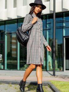 Короткое серое платье в клетку на руговицах с длинным рукавом