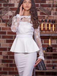 Нарядный праздничный белый костюм с юбкой
