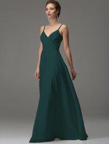 Зеленое длинное платье на бретелях с вырезом на спине