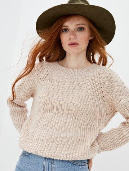 Бежевый теплый объемный свитер на зиму, фото 1
