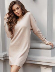 Бежевое теплое ангоровое короткое платье