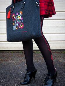 Стилизованные черные колготки с красным узором на 40 ден