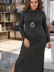 Длинное теплое черное платье с разрезами и воротником стойкой