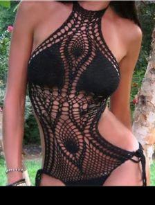 Черный слитный вязаный купальник на завязках