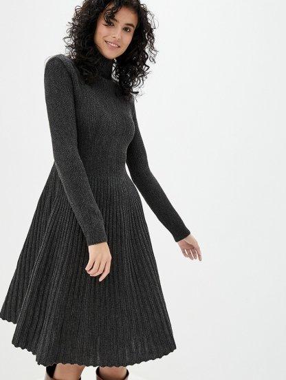 Вязаное серое теплое платье с плиссированной юбкой на длинный рукав, фото 1