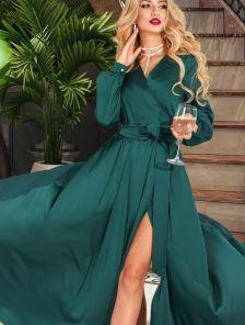 Зеленое вечернее длинное палатье на запах с длинным рукавом