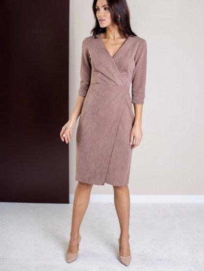 Замшевое пудровое платье с имитацией запаха, фото 1