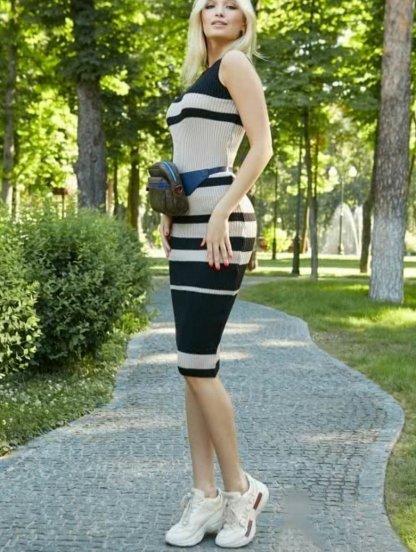 Облегающее вязаное платье гольф без рукавов, фото 1