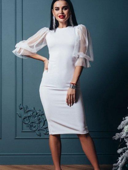Белое нарядное платье-футляр на рукав 3/4 с блеском, фото 1