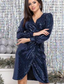 Вечернее синее платье с имитацией запаха в пайетку длины миди