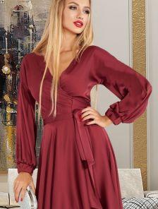 Нарядное шелковое бордовое платье на запах с рукавом