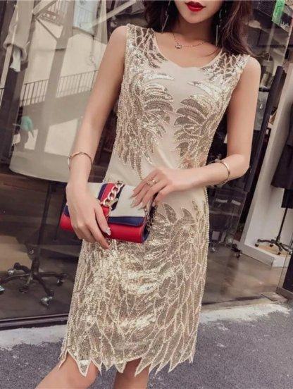 Нарядное блестящее золотистое платье с паетками, фото 1