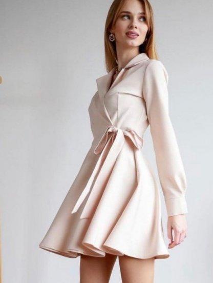Короткое бежевое мини платье с запахом и пышной юбкой, фото 1
