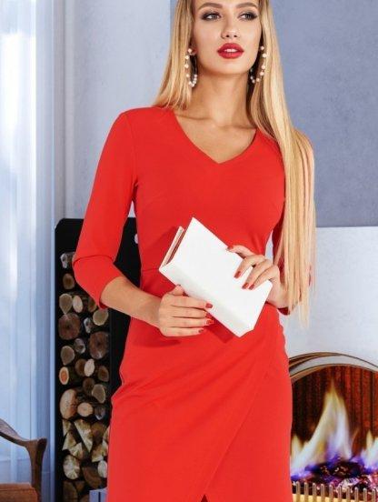 Короткое платье красного цвета, фото 1