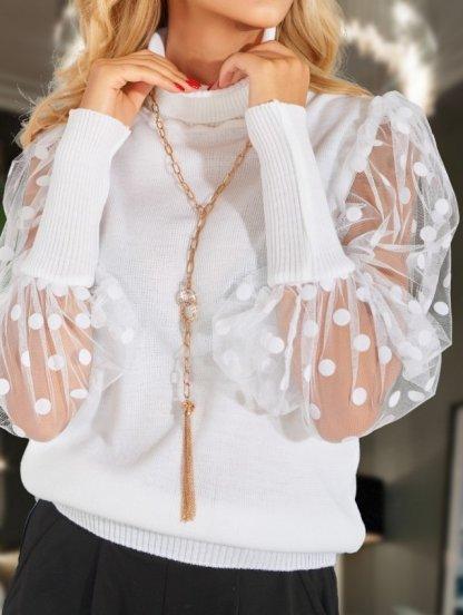 Нарядный свитер белого цвета, фото 1