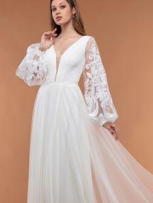Светлое вечернее платье в пол с длинным рукавом