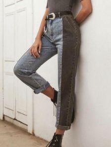 Женские джинсы из синей и черной ткани