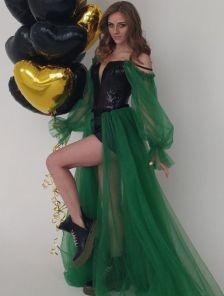 Корсетное вечернее платье с воздушной прозрачной юбкой