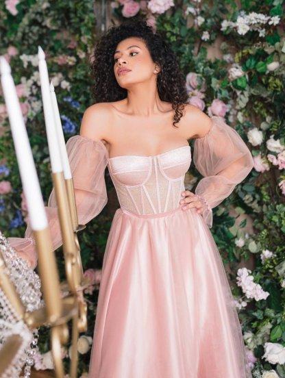 Легкое платье с корсетом розового цвета, фото 1