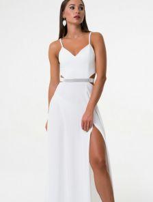 Белое вечернее длинное платье с разрезом на тонких бретелях