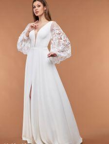 Белое свадебное длинное платье с кружевными рукавами