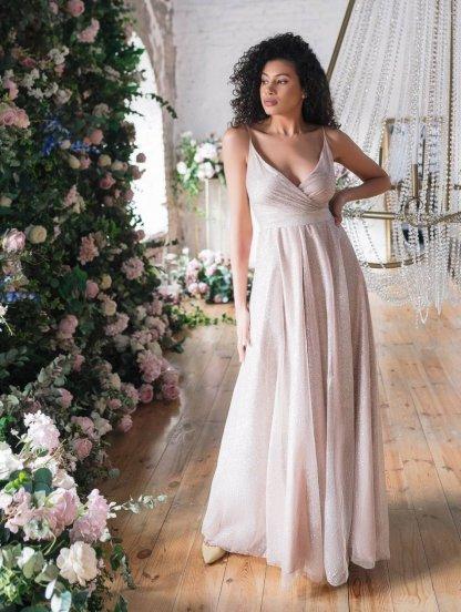 Длинное нарядное блестящее вечернее платье цвета пудры, фото 1