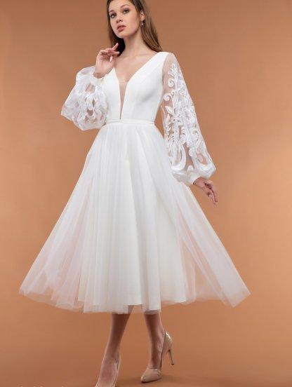 Нарядное белое платье с пышной юбкой, фото 1
