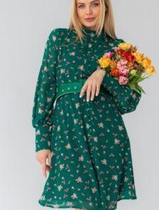 Летнее зеленое платье-сарафан выше колен с поясом