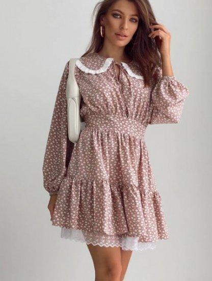 Короткое платье на длинный рукав с оборкой и воротничком, фото 1