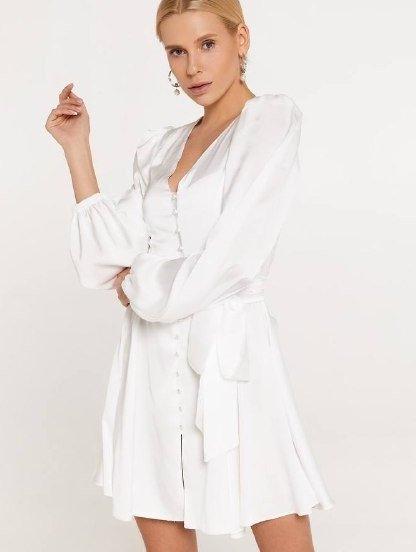 Шелковое короткое белое платье с длинным рукавом и поясом-бантом, фото 1