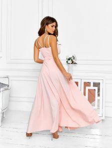 Летнее персиковое платье с пояском на бретельках
