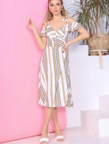 Светлое летнее молочное платье миди большого размера
