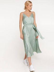 Шелковое легкое платье миди длины на бретелях на лето