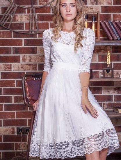 Белое короткое кружевное нарядное платье с рукавом 3/4, фото 1