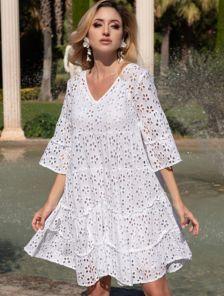 Летнее хлопковое платье в цветочный узор и расширенным рукавом