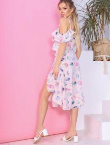 Светлое летнее платье миди на запах