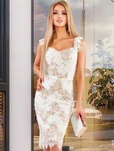 Бежевое светлое нарядное гипюровое платье