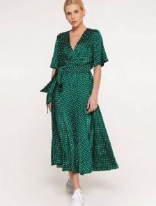 Шелковое легкое платье миди в горошек на запах и с коротким рукавом